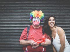 rs34-چگونه میتوانیم در دنیای امروز امید و شادی خود را حفظ کنیم؟ آیا واقعا کمک های روانشناسی به درد میخورد؟